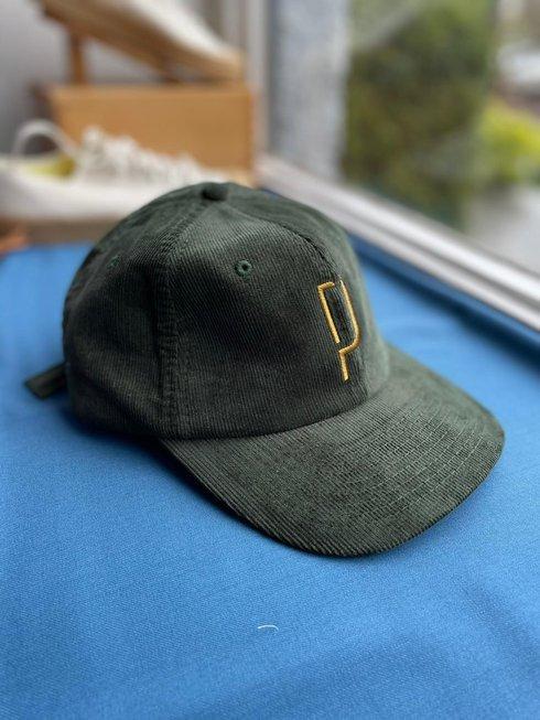 "Green corduroy baseball caps ""Poszetka"""