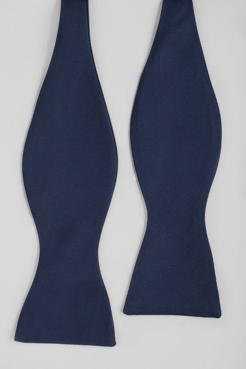 Navy Blue Macclesfield bow tie
