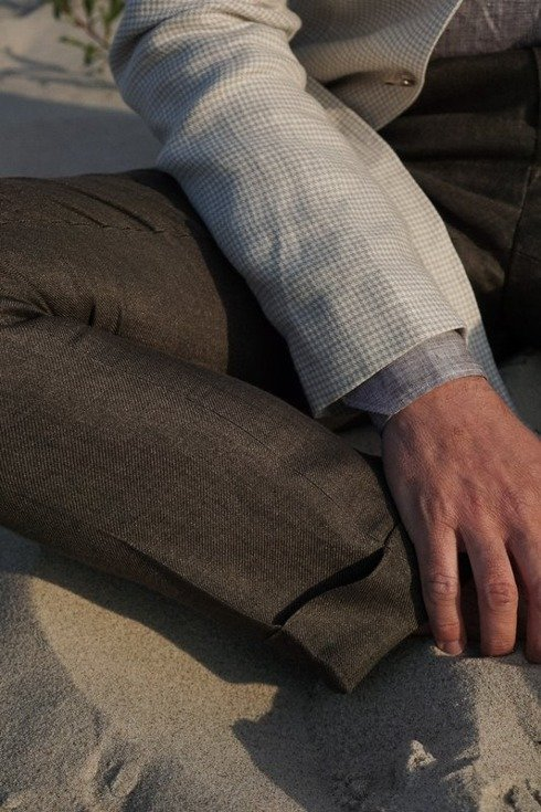 Preorder: pleated linen trousers 'Alfred I'