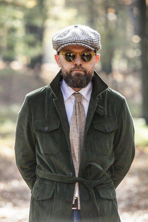 beige knit tie