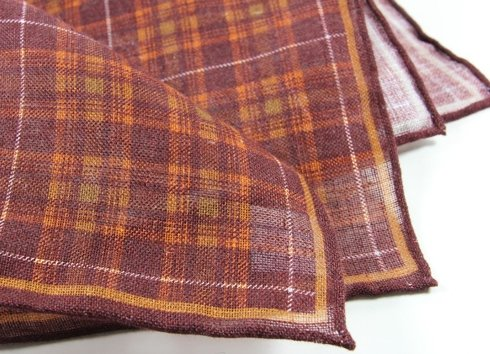 LINEN POCKET SQUARE GRID