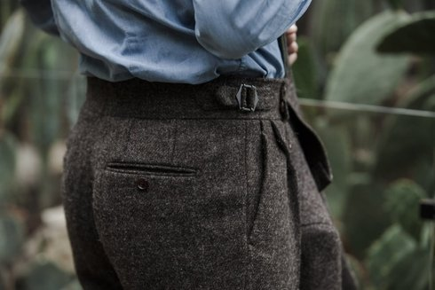 Undyed 100% tweed trousers