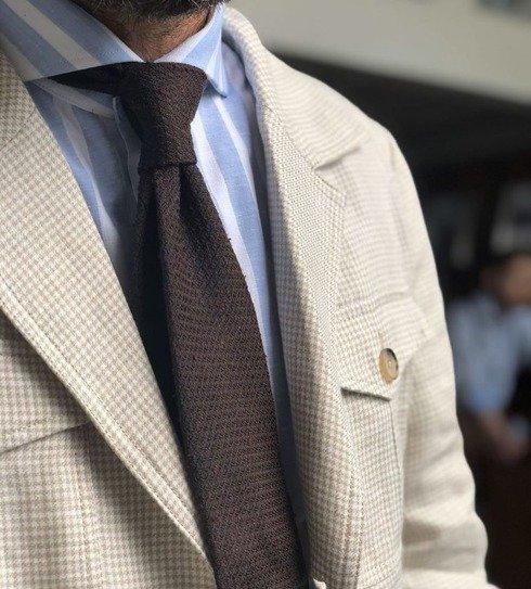 brązowy krawat szantung z grenadyną