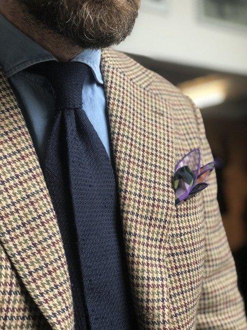 granatowy krawat szantung z grenadyną