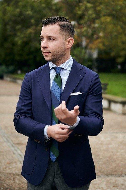 krawat z żakardu jedwabnego z pasem w melanżu